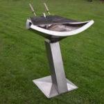 Barbecue sculpture inox béton réfractaire pièce unique