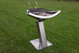 barbecue pièce unique une sculpture inox collection privée