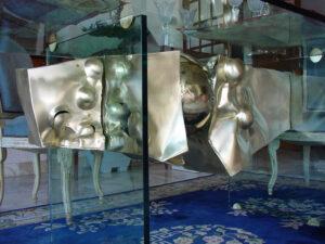 Table sculpture ou sculpture table