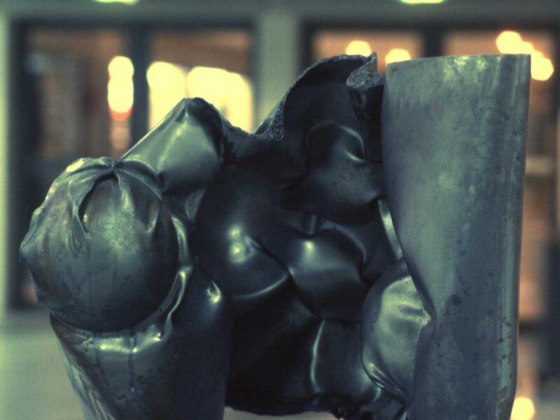 Silver-flag sculpture acier CNIT 1994