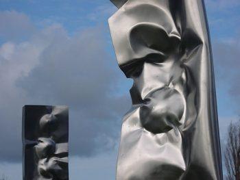 sculpture Ovni