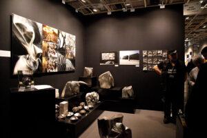Les œuvres de petits formats du sculpteur Alain Vuillemet au salon art3f de Paris janvier 2017 porte de Versailles, photographie de Anne Nguyen-Dao