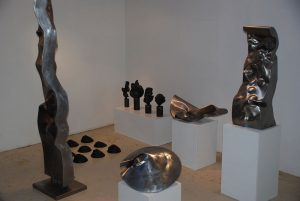 Quelques sculptures à la galerie L'Arrivage 2008