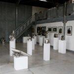 Vue de la salle d'exposition 30 oeuvres en inox sont exposées pour les portes ouvertes de l'Yonne 2019, l'exposition restera en place jusque fin août 2019.