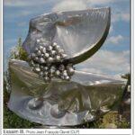 presse lejsl Autun Sculptures dans la ville Essaim III